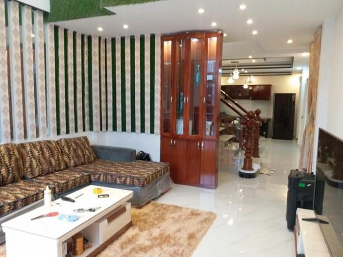 Bán biệt thự mini TT Nhà bè, dt 4.3x19m, 3 ,5 tấm, giá 5 tỷ full nội thất