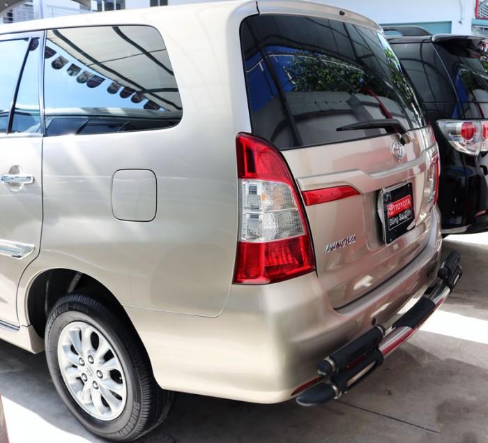 Cần bán Toyota InnovaG 2015 số tự động, hỗ trợ vay 70% lãi suất ưu đãi