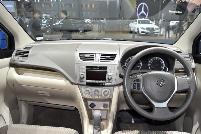 Suzuki Ertiga 7 chỗ - Hotline: 0935 132 014 (24/24)