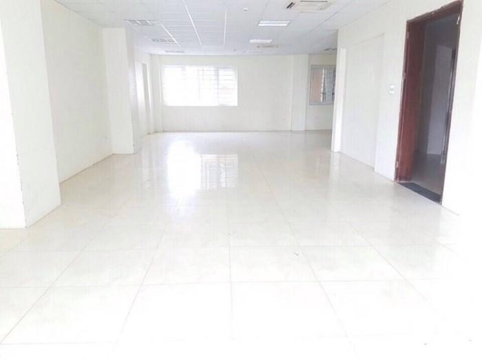 Cho thuê nhà MT đường Giải Phóng, phường 4, quận Tân Bình. 72m2 giá thuê 48 triệu/tháng