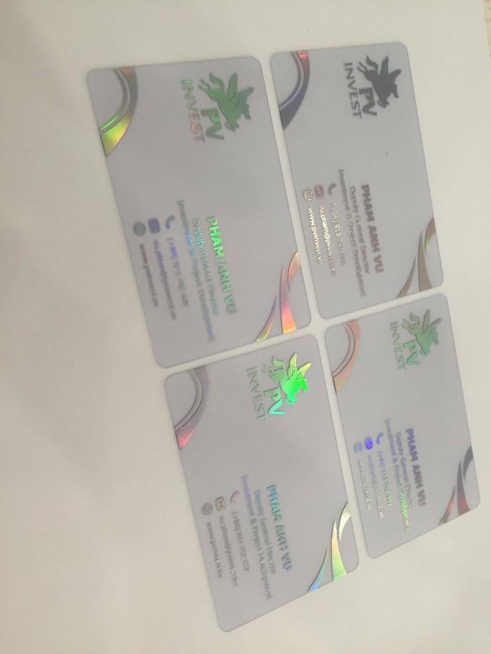 Làm mới chiếc name card của bạn bằng chất liệu PVC trong suốt - thật ấn tượn...