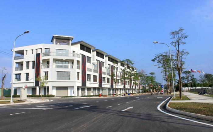 Nhà phố thương mại 100m2 SHR gần công viên 7.000m2 chỉ 1,2 tỷ