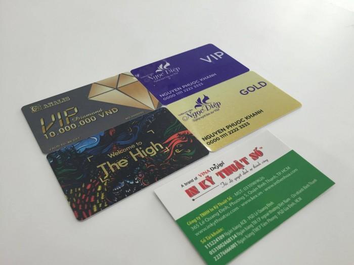 In thẻ nhựa đa dạng kiểu mẫu thiết kế tại In Kỹ Thuật Số