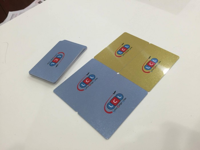 Chúng tôi hỗ trợ bạn đặt in thẻ nhựa số lượng ít với công nghệ in phun k�...