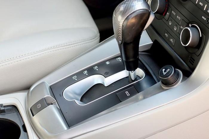Bán Chevrolet Captiva LTZ 2013 form mới màu trắng cực mới 12