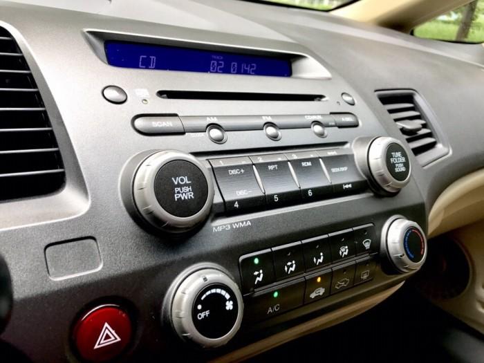 HOT - Bán Honda Civic 1.8AT đời 2012 màu bạc cực MỚI 11