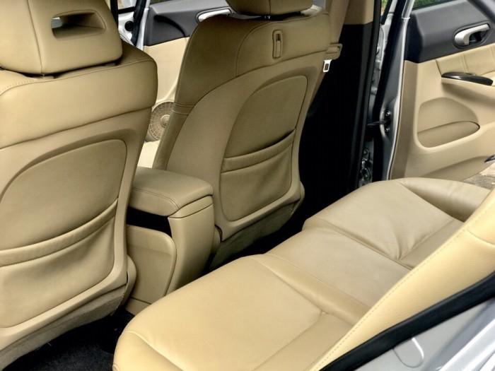 HOT - Bán Honda Civic 1.8AT đời 2012 màu bạc cực MỚI 16