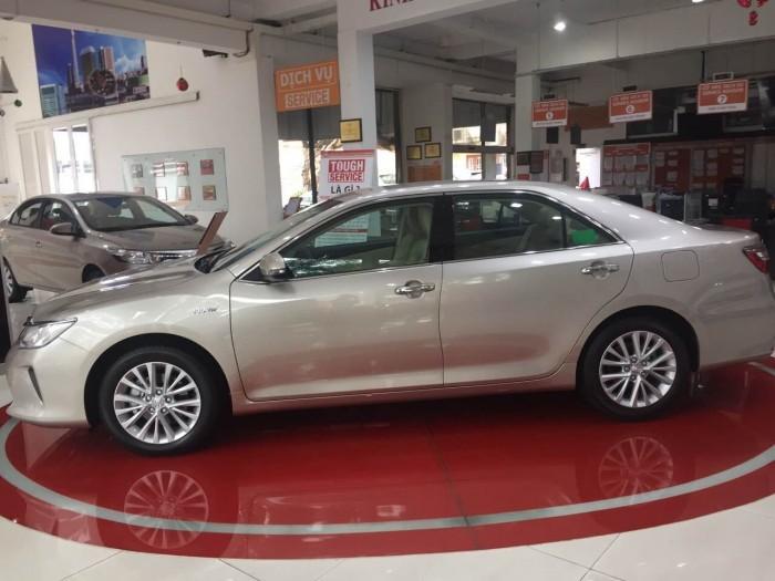 Toyota Camry 2.0E số tự động, giao xe ngay