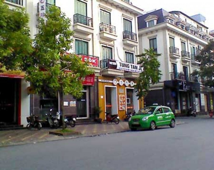 Bán nhà mặt phố Lý Quốc Sư diện tích 171m2, mt 7m giá 550tr/m2.