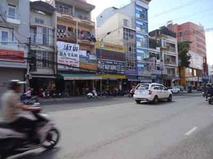 Cần tiền bán gấp nhà mặt tiền Nguyễn Văn Cừ Đà Lạt