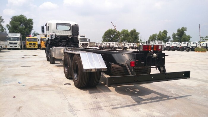 Xe Tải Isuzu 17T9, Isuzu 4 chân 17.9 tấn, isuzu FV330 17 tấn 9