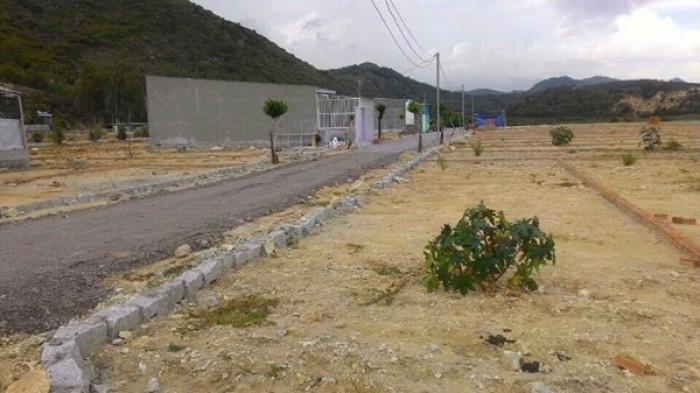 Chính chủ cần bán gấp lô đất Hòn Nghê- Vĩnh Ngọc- Nha Trang