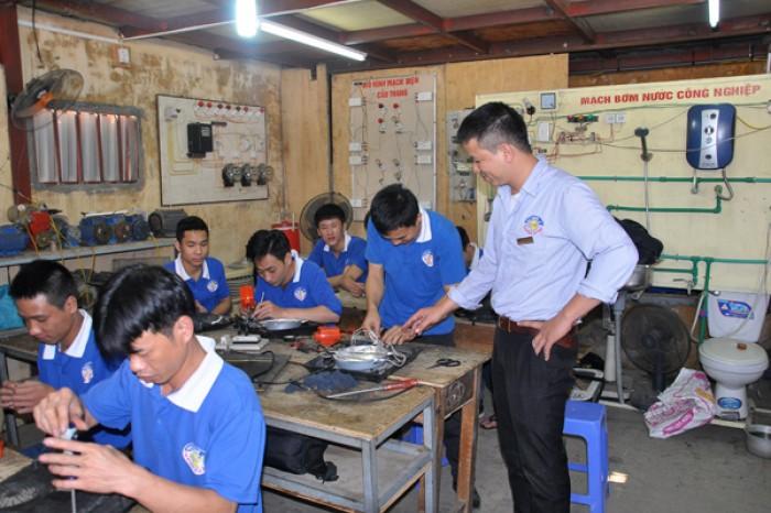 Nơi Học Trung Cấp Điện Công Nghiệp Hà Nội Tốt Nhất