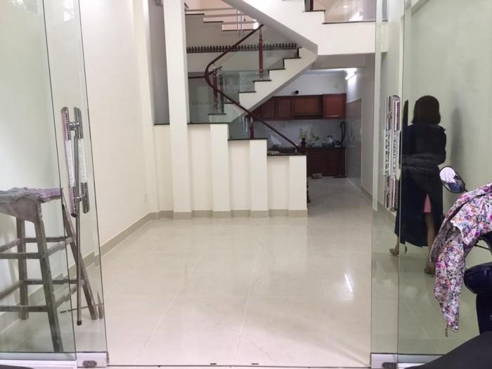 Bán nhà phố Trần Nguyên Hãn, d 52m2, hướng Tây Nam, giá 1,5 tỷ
