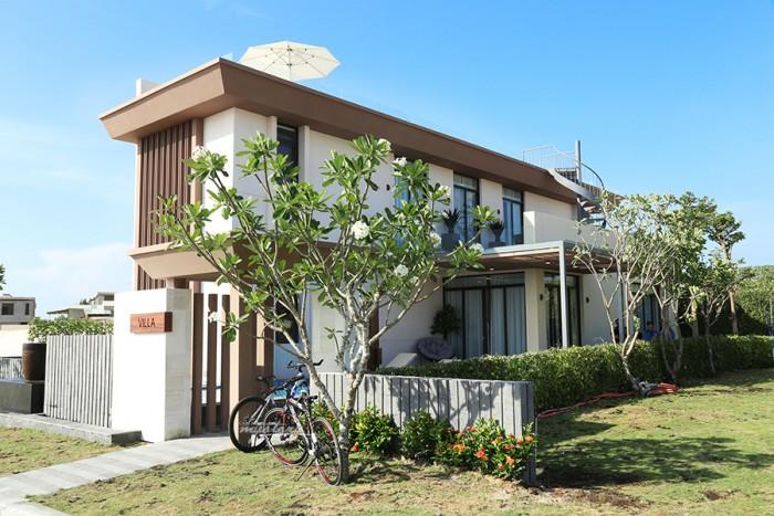 Biệt thự Villa Mystery Villa ngay bờ biển bãi dài Cam Ranh, full nội thất 100%, sổ đỏ vĩnh viễn