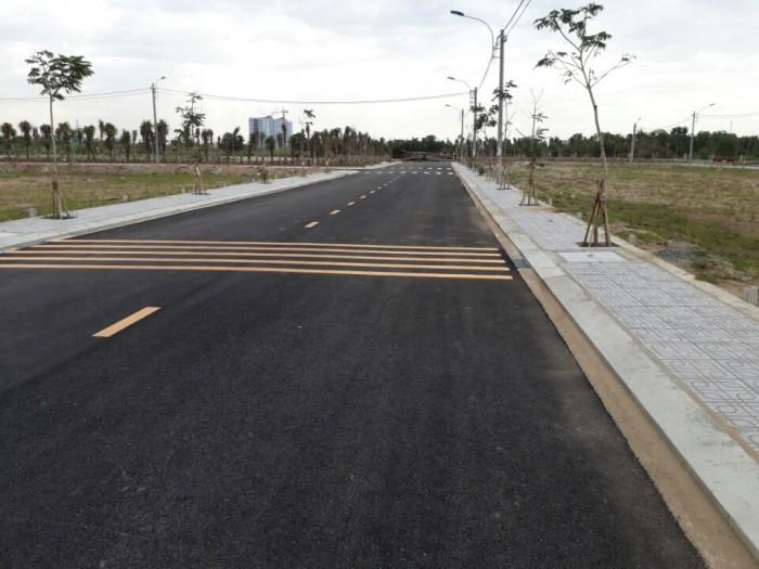 Cần bán lô đất 10m x 20m nằm ở Đường số 10, phường Bình Trưng Tây, Q2