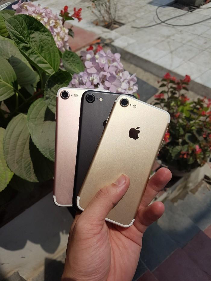 Bãi Cháy iCenter Chuyên iPhone, iPad  đã qua sử dụng giá siêu tốt3