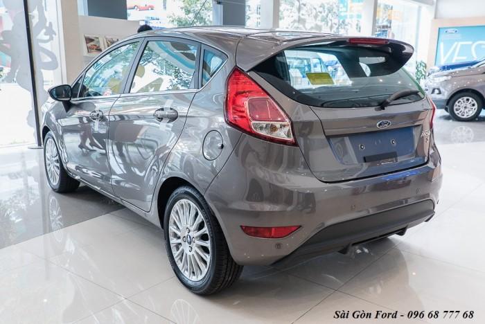 Khuyến mãi mua xe Ford Fiesta 2019, giao xe trong 30 ngày 2
