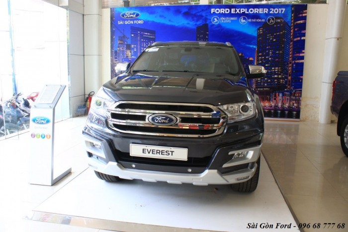 Khuyến mãi mua xe Ford Everest Trend 2019, giao xe trong 30 ngày.