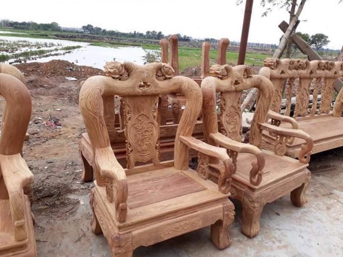 Bộ bàn ghế phòng khách kiểu hồng tàu gỗ hương vân1