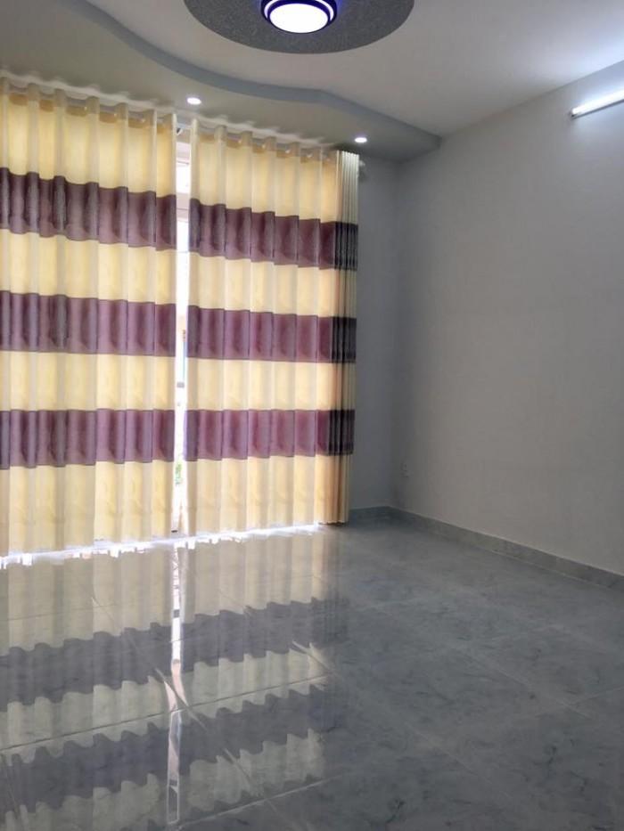 Nhà 212b Nguyễn Trãi Q1, 3,4x10m, vuông vắn 2 tầng 2PN 3,9 tỷ.