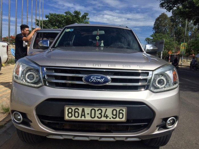 Bán Ford Everest AT sx 2013 mẫu mới