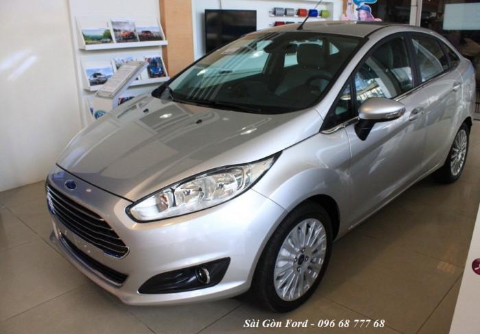 Khuyến mãi mua xe Ford Fiesta Titanium 2017, số tự động - Hỗ trợ giao xe nhanh - Hotline: 096 68 777 68 (24/24)