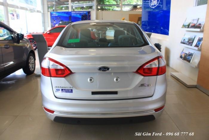 Ford Fiesta Titanium 2017, số tự động, vay trả góp chỉ 100 triệu, giao xe tháng 09/2017