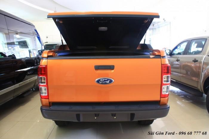 Khuyến mãi mua xe Ford Ranger Wildtrak 2.2L, số tự động, vay trả góp chỉ 150 triệu, giao xe tháng 08/2017