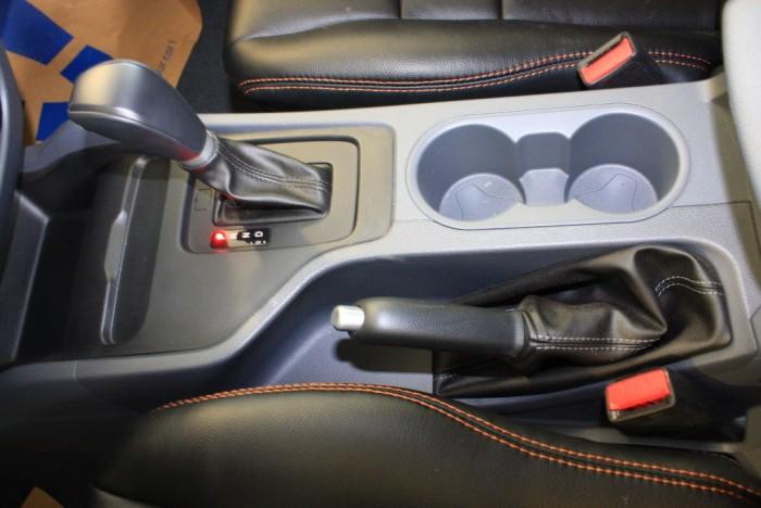 Khuyến mãi mua xe Ford Ranger Wildtrak 2.0L