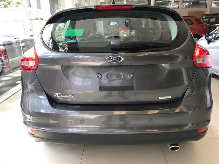 Khuyến mãi mua xe Ford Focus Trend, 5 cửa, số tự động, vay trả góp chỉ 150 triệu, giao xe trong 30 ngày. 6