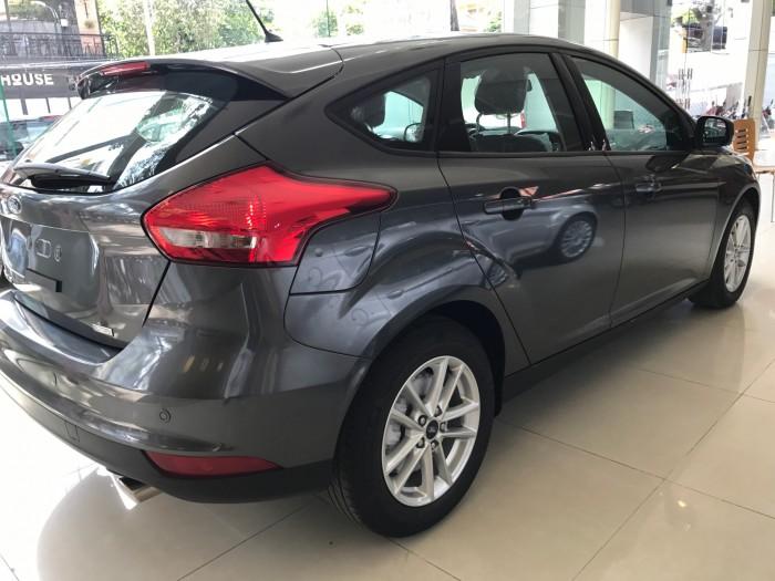 Khuyến mãi mua xe Ford Focus Trend, 5 cửa, số tự động, vay trả góp chỉ 150 triệu, giao xe trong 30 ngày. 7