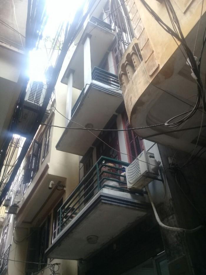 Bán nhà ở ngõ to hơn phố, vỉa hè cực rộng kinh doanh vô đối ,khung bê tông 5 tầng, MT 5,1m, mới