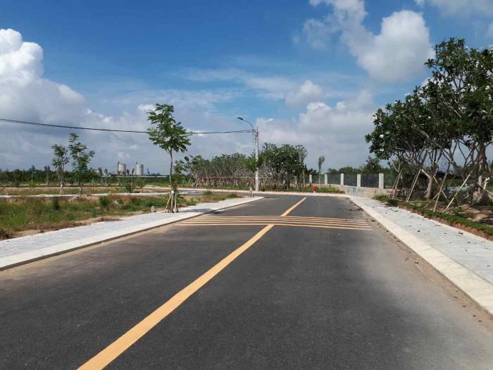 Bán nhanh lô đất cách  mặt tiền đường Nguyễn Xiển 23m, P Trường Thạnh
