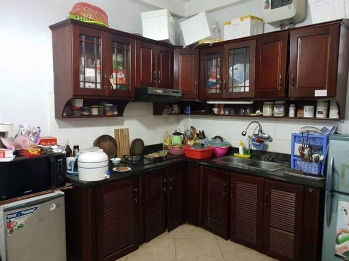 Cho thuê nhà mặt phố Cù Chính Lan 40m, 4 tầng, MT 3.8m, giá 16tr/ tháng.