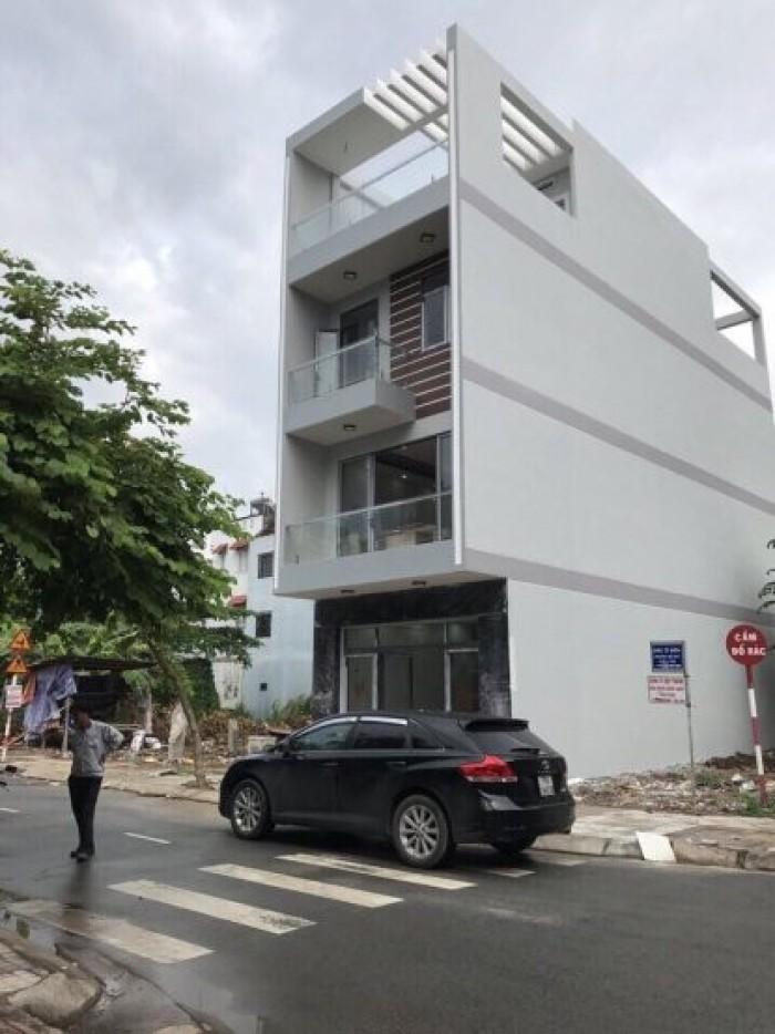 Bán nhà đẹp 3 lầu, sân thượng, Phạm Hữu Lầu, DT 5x18m. Giá 6,75 tỷ