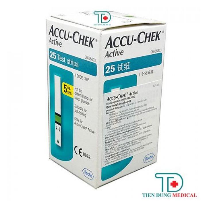 Que thử đường huyết Accu Chek Active 251
