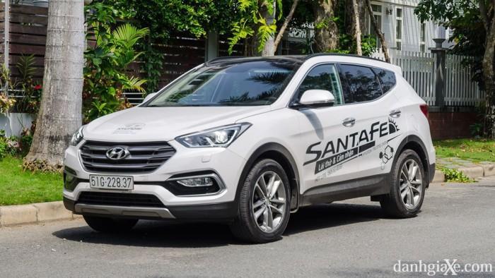 xe Hyundai Santafe 2017 0