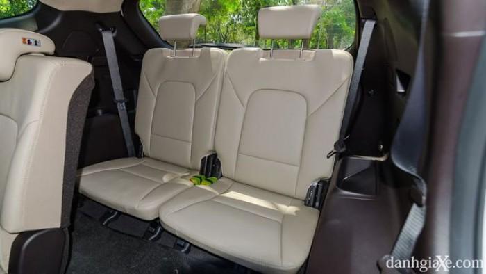 xe Hyundai Santafe 2017 24