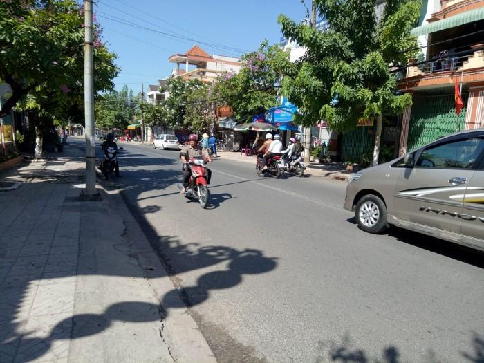 Bán Nhà Đường Nguyễn Văn Tiết. Gần Quốc Lộ 13  Cách Ngã 5