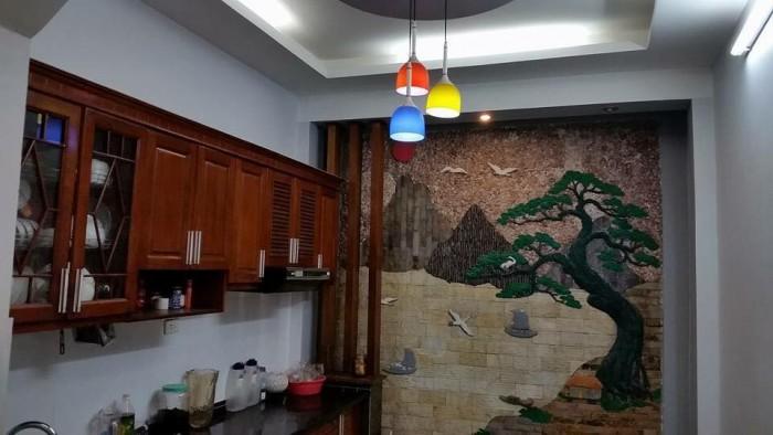 Nhà đẹp ở ngay 35m ra phố Dương Quảng Hàm, Cầu Giấy 45mx6t giá chỉ 4.2 tỷ.