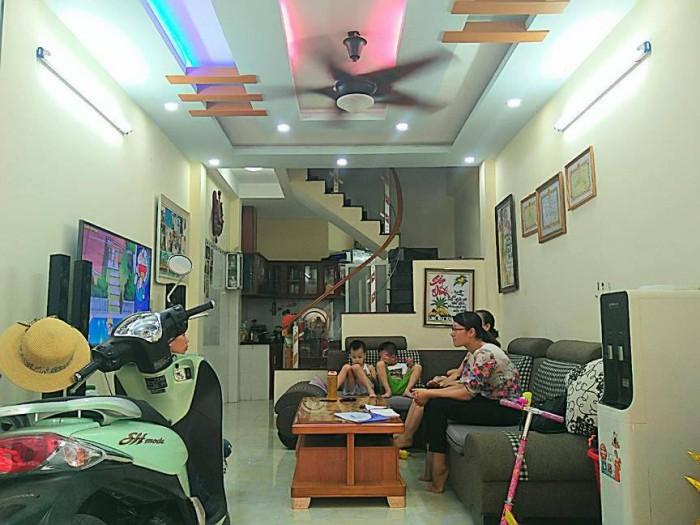 Bán nhà 3,5 tầng số 36/40/72 Lạch Tray, Ngô Quyền, Hải Phòng