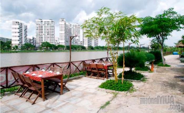 Bán lô đất mặt tiền sông đường 20,5m-đối diện công viên & ghế đá