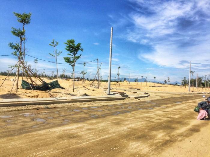 Đất biển 3 lô liền kề- cạnh ngã 5- Khu đô thị Sea View- Đường Trường Sa- Đà Nẵng