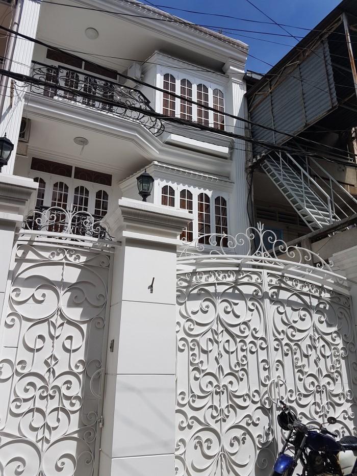 Cần bán nhà Hxh Nguyễn Trọng Tuyển, P.9, Phú Nhuận, 6 x 20m, 2 Lầu, 4 P.Ngủ, giá 15.7 tỷ