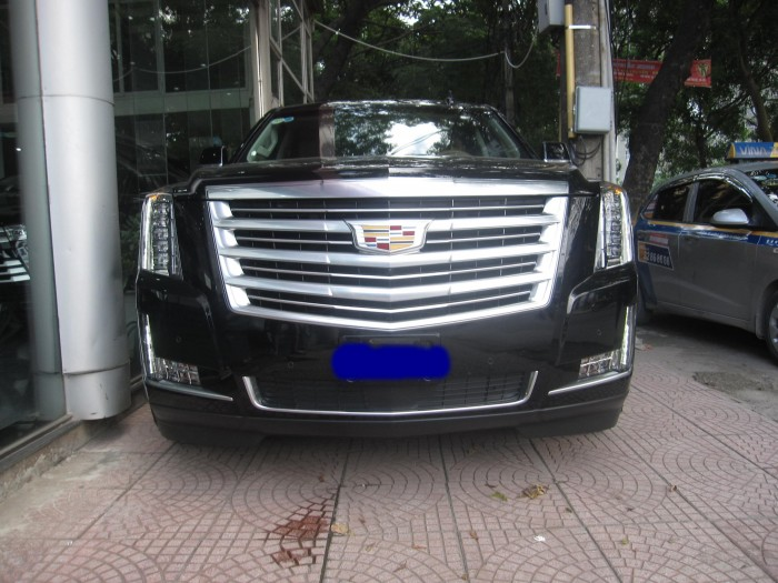 Cadillac Escalade esv platium 2015 đã sử dụng
