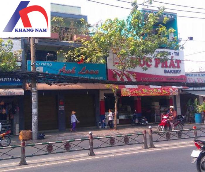 Cho thuê nhà trống suốt MT Quang Trung, Q.GV, (DT: 8x28m NH chữ L 16m, trệt, 2 lầu). Giá: 220tr/th