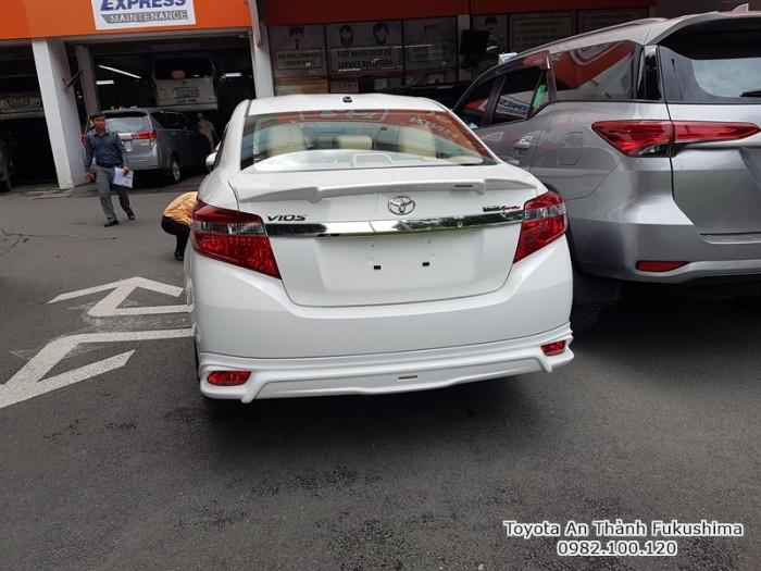 Ưu đãi Toyota Vios 1.5G TRD 2018 Số Tự Động màu Trắng. Nhận Xe Chỉ Cần 100Tr. Trả 9,7tr/tháng Trong 7 Năm