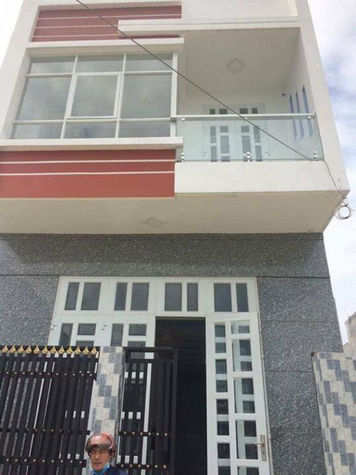 Cần tiền bán gấp nhà 1 trệt 1 lầu, tại xã Xuân Thới Thượng, 850 triệu.