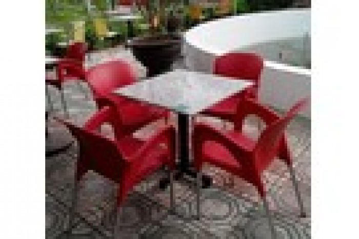 Chuyên sản xuất bàn ghế mây giá rẻ3